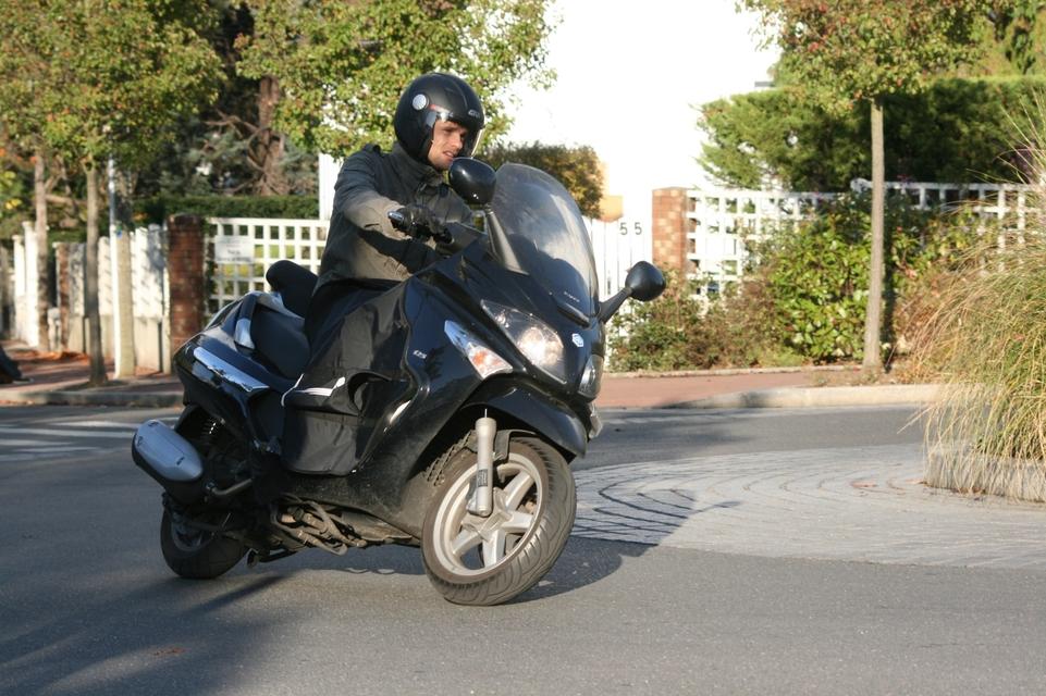 scooter imitation vespa 125