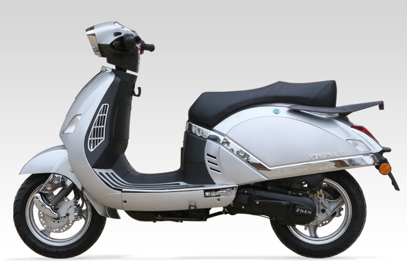 scooter znen vespina